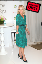Celebrity Photo: Kelly Ripa 2130x3200   1.9 mb Viewed 0 times @BestEyeCandy.com Added 2 days ago