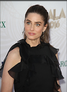 Celebrity Photo: Amanda Peet 1200x1627   129 kb Viewed 58 times @BestEyeCandy.com Added 319 days ago