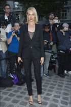Celebrity Photo: Amber Valletta 1200x1800   246 kb Viewed 45 times @BestEyeCandy.com Added 322 days ago