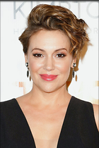 Celebrity Photo: Alyssa Milano 1200x1800   256 kb Viewed 119 times @BestEyeCandy.com Added 252 days ago