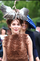 Celebrity Photo: Anna Friel 1470x2205   366 kb Viewed 43 times @BestEyeCandy.com Added 123 days ago