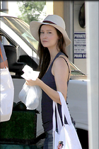 Celebrity Photo: Summer Glau 1200x1800   278 kb Viewed 101 times @BestEyeCandy.com Added 220 days ago