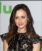 Celebrity Photo: Alexis Bledel 1200x1456   250 kb Viewed 48 times @BestEyeCandy.com Added 38 days ago