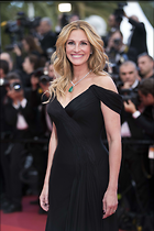 Celebrity Photo: Julia Roberts 3667x5500   1,115 kb Viewed 8 times @BestEyeCandy.com Added 135 days ago