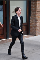 Celebrity Photo: Ellen Page 1200x1800   217 kb Viewed 79 times @BestEyeCandy.com Added 599 days ago