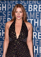Celebrity Photo: Bryce Dallas Howard 2147x3000   857 kb Viewed 82 times @BestEyeCandy.com Added 825 days ago