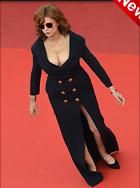 Celebrity Photo: Susan Sarandon 1200x1612   154 kb Viewed 64 times @BestEyeCandy.com Added 10 days ago