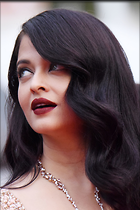 Celebrity Photo: Aishwarya Rai 2000x3000   890 kb Viewed 262 times @BestEyeCandy.com Added 834 days ago