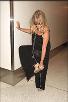 Celebrity Photo: Goldie Hawn 1200x1800   268 kb Viewed 111 times @BestEyeCandy.com Added 623 days ago