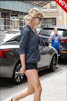 Celebrity Photo: Taylor Swift 1975x2963   638 kb Viewed 9 times @BestEyeCandy.com Added 10 days ago