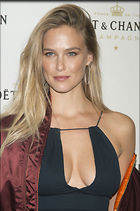 Celebrity Photo: Bar Refaeli 2086x3137   1.2 mb Viewed 25 times @BestEyeCandy.com Added 27 days ago