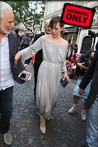 Celebrity Photo: Milla Jovovich 1467x2200   2.4 mb Viewed 0 times @BestEyeCandy.com Added 12 days ago
