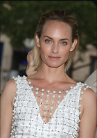 Celebrity Photo: Amber Valletta 1200x1698   210 kb Viewed 110 times @BestEyeCandy.com Added 358 days ago