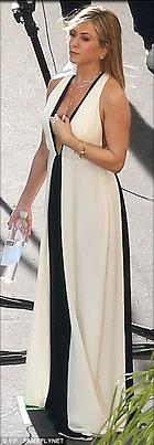Celebrity Photo: Jennifer Aniston 306x881   75 kb Viewed 5.735 times @BestEyeCandy.com Added 495 days ago
