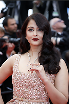 Celebrity Photo: Aishwarya Rai 3072x4608   1.2 mb Viewed 131 times @BestEyeCandy.com Added 800 days ago