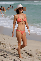 Celebrity Photo: Bethenny Frankel 2047x3000   624 kb Viewed 38 times @BestEyeCandy.com Added 341 days ago