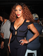 Celebrity Photo: Vivica A Fox 1200x1570   309 kb Viewed 77 times @BestEyeCandy.com Added 78 days ago