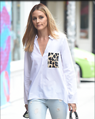 Celebrity Photo: Olivia Palermo 2400x3000   1.2 mb Viewed 117 times @BestEyeCandy.com Added 693 days ago
