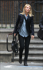 Celebrity Photo: Claire Danes 1812x2928   1.1 mb Viewed 67 times @BestEyeCandy.com Added 626 days ago