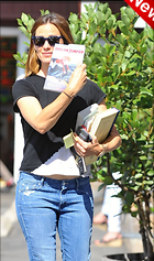 Celebrity Photo: Jennifer Garner 1200x2028   318 kb Viewed 7 times @BestEyeCandy.com Added 3 days ago