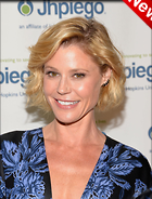 Celebrity Photo: Julie Bowen 1200x1579   263 kb Viewed 5 times @BestEyeCandy.com Added 21 hours ago