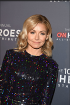 Celebrity Photo: Kelly Ripa 1200x1797   352 kb Viewed 138 times @BestEyeCandy.com Added 104 days ago