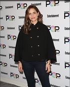 Celebrity Photo: Amanda Peet 27 Photos Photoset #347335 @BestEyeCandy.com Added 477 days ago