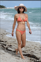Celebrity Photo: Bethenny Frankel 1990x3000   938 kb Viewed 82 times @BestEyeCandy.com Added 519 days ago