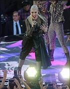 Celebrity Photo: Gwen Stefani 1800x2299   577 kb Viewed 67 times @BestEyeCandy.com Added 465 days ago