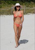 Celebrity Photo: Bethenny Frankel 2109x3000   596 kb Viewed 55 times @BestEyeCandy.com Added 341 days ago