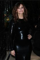 Celebrity Photo: Gina Gershon 3002x4500   1,118 kb Viewed 76 times @BestEyeCandy.com Added 124 days ago