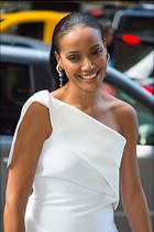 Celebrity Photo: Selita Ebanks 2000x3000   1,020 kb Viewed 47 times @BestEyeCandy.com Added 157 days ago